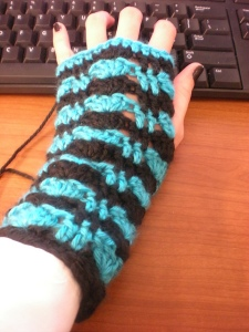 Stripes & Shells Fingerless Gloves